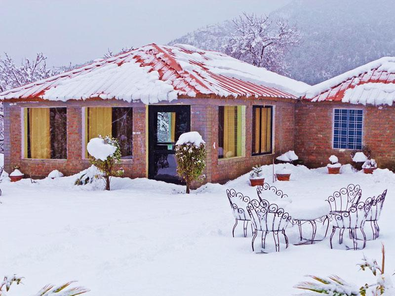 180 Degree Resort, Kanatal